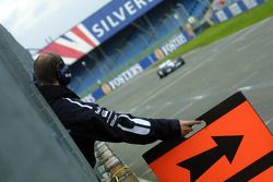 Williams-BMW pit board