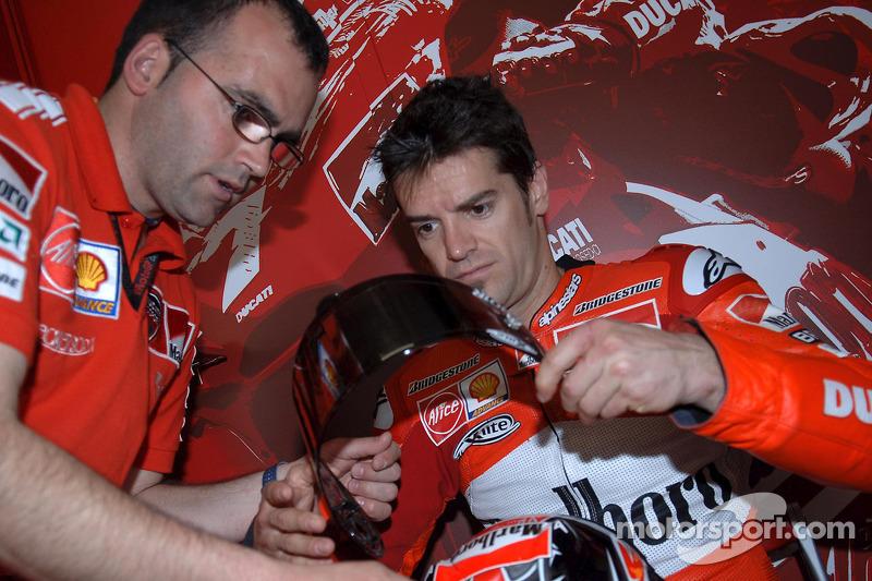 Carlos Checa (2005)