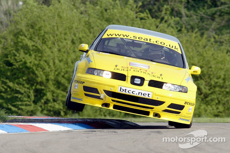 #11 SEAT Sport UK's Jason Plato in the SEAT Toledoa Cupra