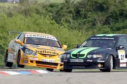 #8 Team Halfords driver Dan Eaves encounters the spinning Rob Collard of WSR