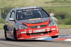 #10 Synchro Motorsport Honda Civic, James Kaye
