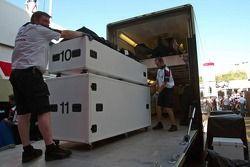 BAR-Honda packs up and goes back home