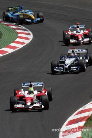 Ralf Schumacher aan de leiding