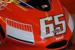 Detalle de la Ducati de Loris Capirossi