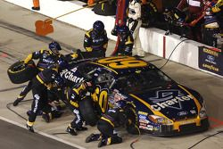 Pitstop for Carl Edwards