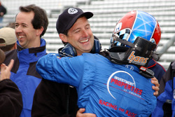 Jeff Bucknum celebrates qualifying with Robbie Buhl