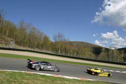 #6 Michael Shank Racing Pontiac Riley: Duncan Dayton, Mike Borkowski, Ken Wilden, #5 Essex Racing Fo
