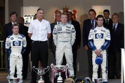 Podium: Sieger Kimi Räikkönen, 2. Nick Heidfeld, 3. Mark Webber