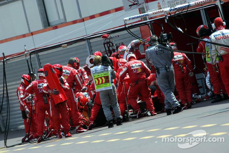 Nuevo alerón delantero para Michael Schumacher