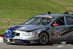 Derek Bell (n°24 Volvo S60 R)