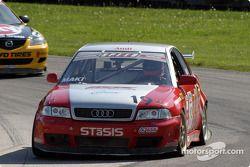 Rick Maki (#19 Audi A4)