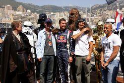 David Coulthard, Vitantonio Liuzzi et des amis