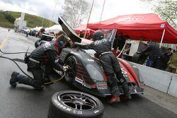 Pitstop for #4 Howard - Boss Motorsports Pontiac Crawford: Butch Leitzinger, Elliott Forbes-Robinson