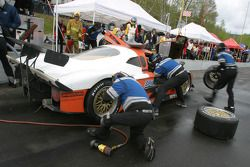 Pitstop for #09 Spirit of Daytona Racing Pontiac Crawford: Doug Goad, Stephan Gregoire, Marc-Antoine Camirand