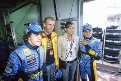 Fernando Alonso and Giancarlo Fisichella with football star Zinedine Zidane and swimmer Laure Manaud