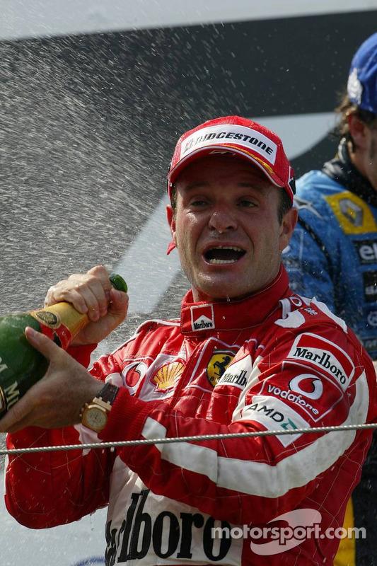 Podium : champagne pour Rubens Barrichello