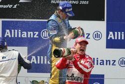 Podio: Fernando Alonso, Nick Heidfeld y Rubens Barrichello