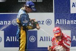 Podio: Fernando Alonso y Rubens Barrichello