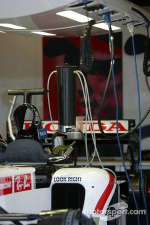 BAR Honda garage area
