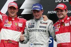 Podium : le vainqueur Kimi Raikkonen avec Michael Schumacher et Rubens Barrichello
