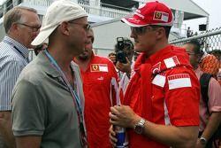 Guy Laliberté de Cirque du Soleil con Michael Schumacher