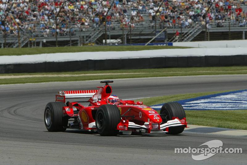 2005: Ferrari, 8º no campeonato (38 pts). O brasileiro foi 68 vezes ao pódio.