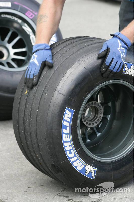 Michelin neumáticos bajo inspección