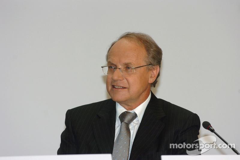 Prof Burkard Goeschel (Board member for Development BMW Group)