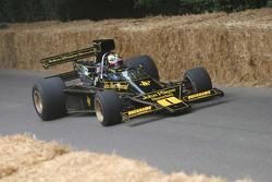 #117 1974 Lotus-Cosworth 76, class 10