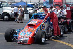 Eric Gordon rides to pit road