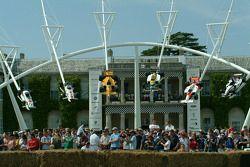 Скульптура Honda с Фестиваля скорости в Гудвуде