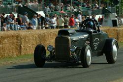 #110 1932 Ford Model A roadster, class 12: Tony Thacker