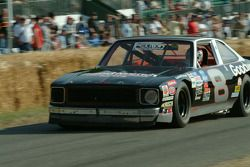 #88 1977 Chevrolet Nova, class 12: Gene Felton