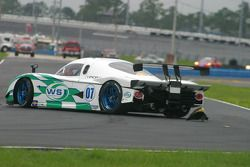 #07 Spirit of Daytona Racing Pontiac Crawford: Bob Ward, Roberto Moreno in the middle of the track