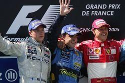 Podium: Sieger Fernando Alonso, 2. Kimi Räikkönen, 3. Michael Schumacher