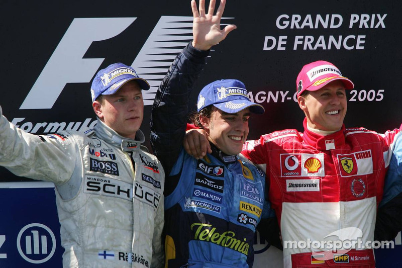 16- Fernando Alonso, 1º en el GP de Francia 2005 con Renault