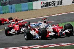Jarno Trulli et Michael Schumacher