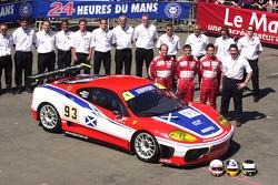 #93 Scuderia Ecosse Ferrari 360 Modena: Nathan Kinch, Andrew Kirkaldy, Anthony Reid and team