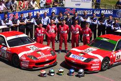 #51 and #52 BMS Scuderia Italia Ferrari 550 Maranello: Christian Pescatori, Fabrizio Gollin, Miguel Ramos, Michele Bartyan, Matteo Malucelli, Toni Seiler and team