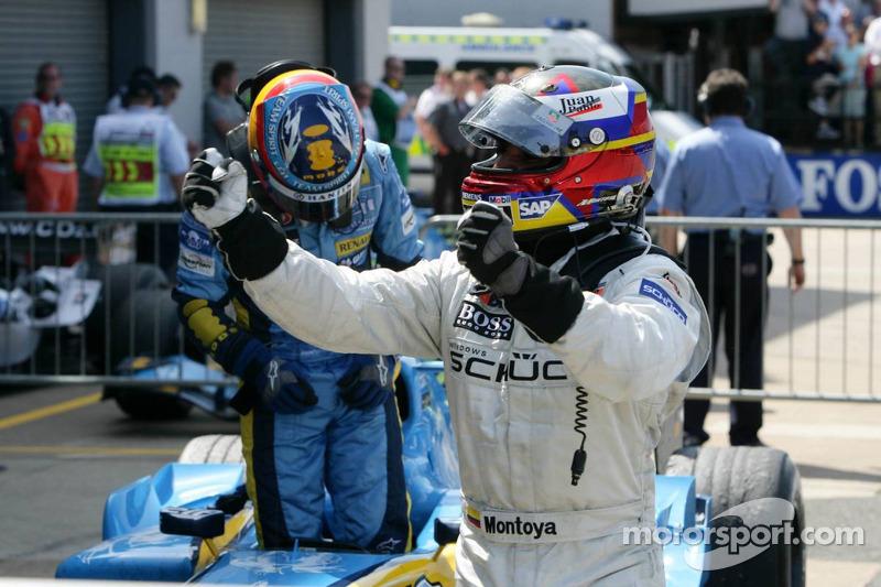 Yarış galibi Juan Pablo Montoya kutlama yapıyor