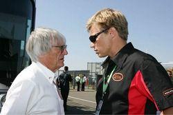 Bernie Ecclestone and Mika Salo