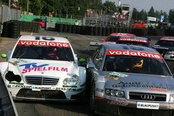 Pierre Kaffer and Stefan Mücke battle