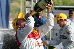 Podium: champagne for Christian Abt