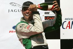 Podium: champagne for Tomy Drissi