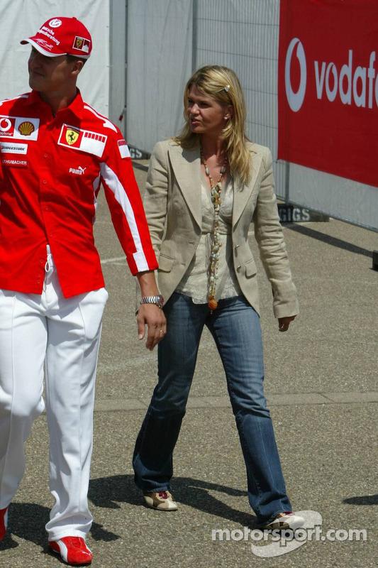 Michael Schumacher con su esposa Corinna