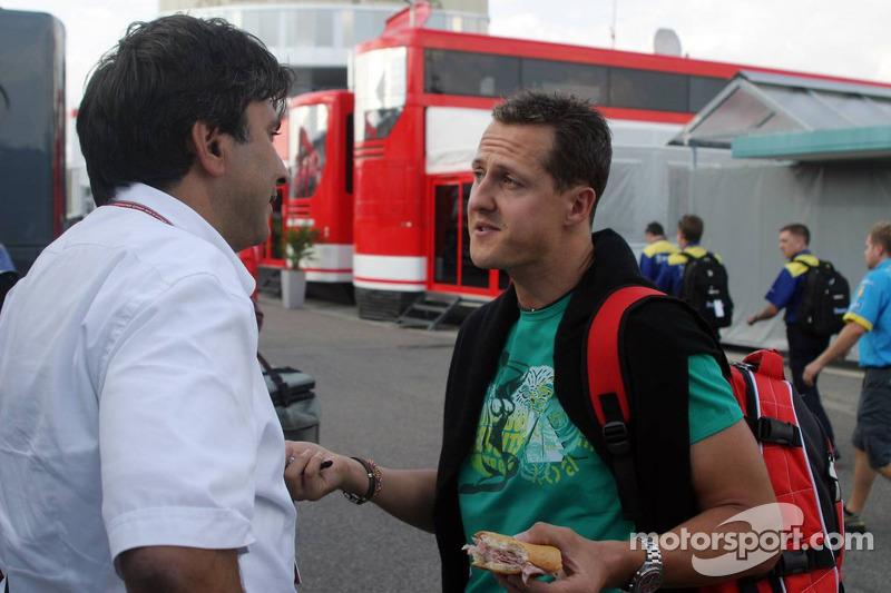 Pasquale Lattuneddu y Michael Schumacher