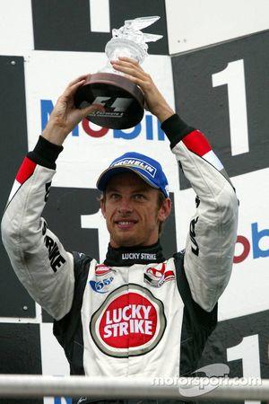 Jenson Button sur le podium