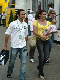 Antonio Pizzonia with his wife Maureen and his baby