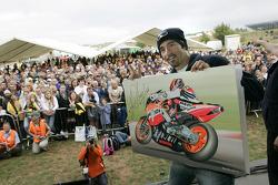 Max Biaggi lors d'une manifestation publique
