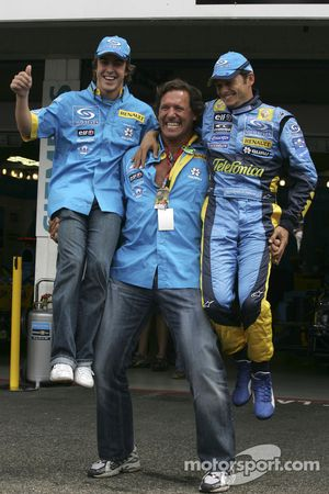 Fernando Alonso and Giancarlo Fisichella with actor Ralf Möller